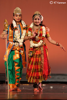 Neha performing as Valli